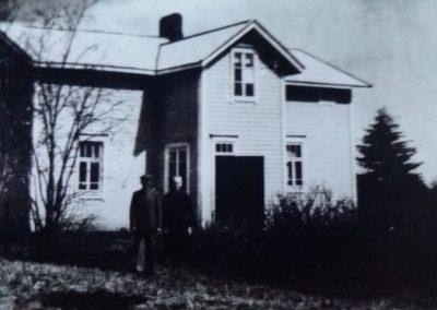 Oinaan talo Lehtikarintiellä Rovaniemellä 60-luvulla